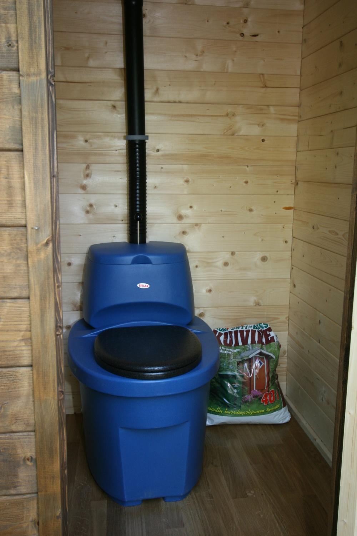Вентиляция в дачном туалете своими руками: схемы 94